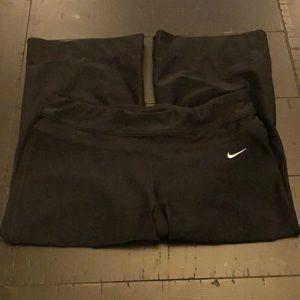 Nike Women's DriFit Stay Cool Running Capris Sz S